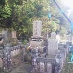 お墓じまいです(加賀市上野町墓地にて)