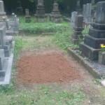 お墓じまいの工事中です(加賀市上野町墓地にて)