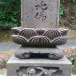 お墓のクリーニングです(加賀市上野町墓地にて)